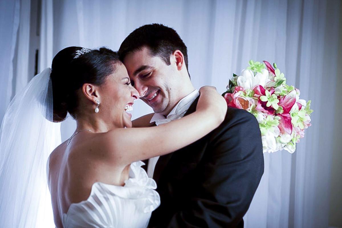 Fotografia, casamento, Beto Oliveira, Uberlândia, Minas Gerais, amor, igreja, noivos, Wedding Destination,captar,  expontâneos, inusitados, cliques, buscando ângulos, diferenciados,momento,noiva,vestido,bouquet,decoração. L