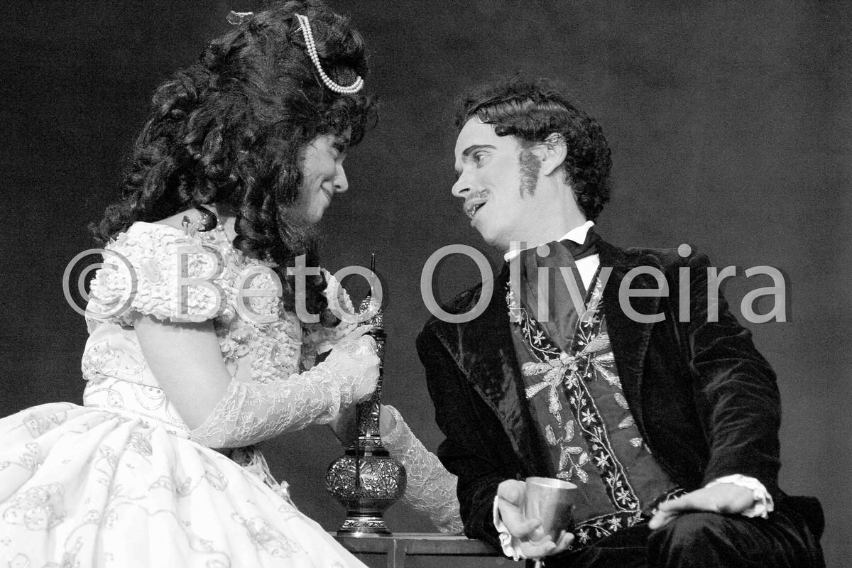 amor, nas fotografias de palco, grupo galpão, em fotografia de beto oliveira
