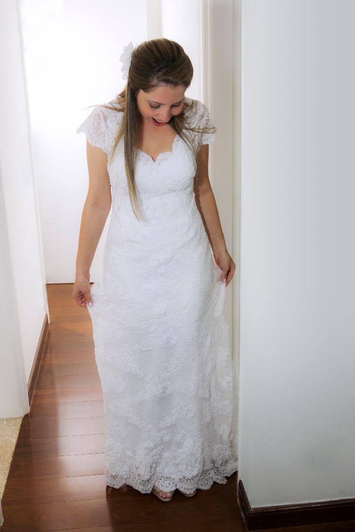 noiva,elegante,linda,evaldo,hill,vestido,bouquet,bride,flores,make up,uberlândia,fotografo,casamento,wedding,salao,beleza,baton,espelho,vestido