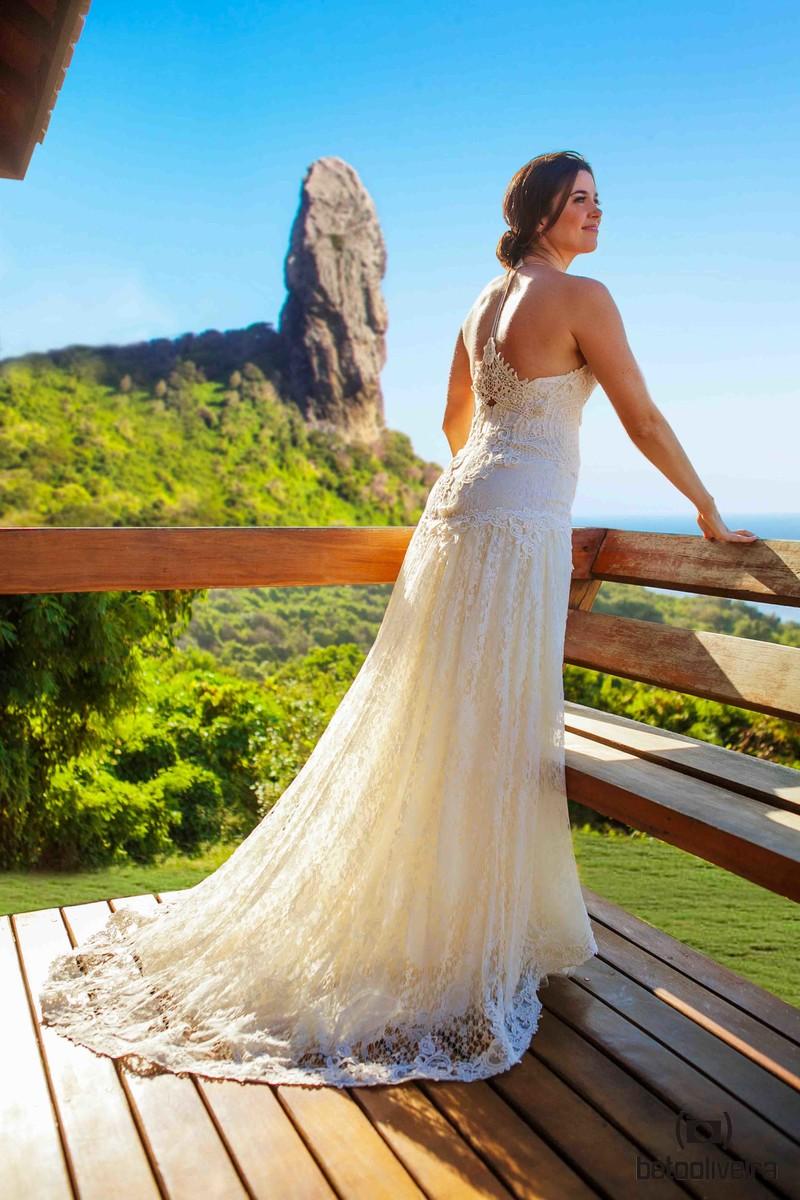 noiva, bride, elegante, vestido de noiva, casamento em Fernando de Noronha, wedding destination