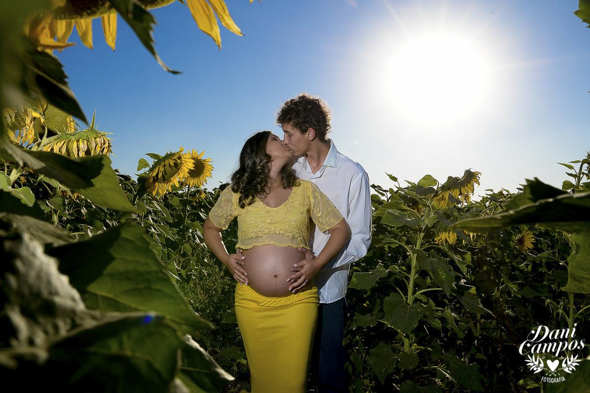 fotografia gestante maternidade Holambra campo de girassois dani campos fotografia ensaio fotografico campo de trigo gravida mae de menina