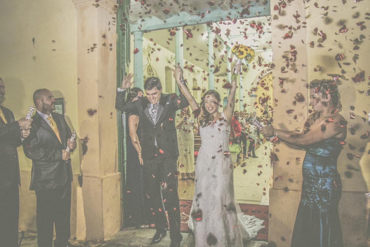 dani campos fotografa, fotografo de casamento, noiva , fotos making of da noiva, making of do noivo, fotos vestidos de noiva, terno, igreja matriz sao sebastiao - sp, fotografo litoral norte sao paulo, casamento de dia, casamento igreja, chuva de arroz, f
