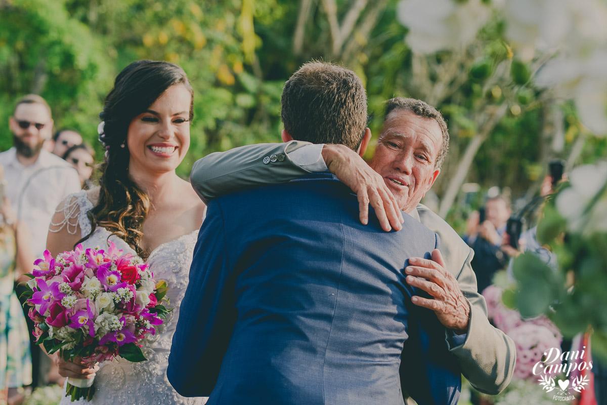 casamento no campo fotografia de casamento fotografos no litoral dani campos fotografica recanto santa barbara jambeiro litoral norte fotografia wedding noiva noivo making of