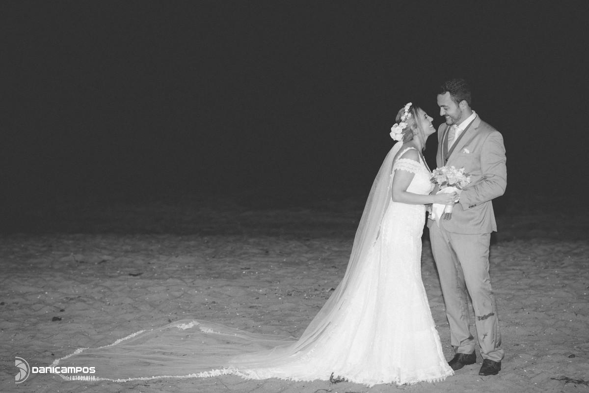 dani campos fotografia, fotografia de casamento, fotografos no litoral, noivas, casamento, casamento na praia, casamento na igreja, amor de noiva, vestidos de noivas, litoral de sao paulo, dia da noiva, caraguatatuba, sao sebastiao, ilhabela, casar de dia