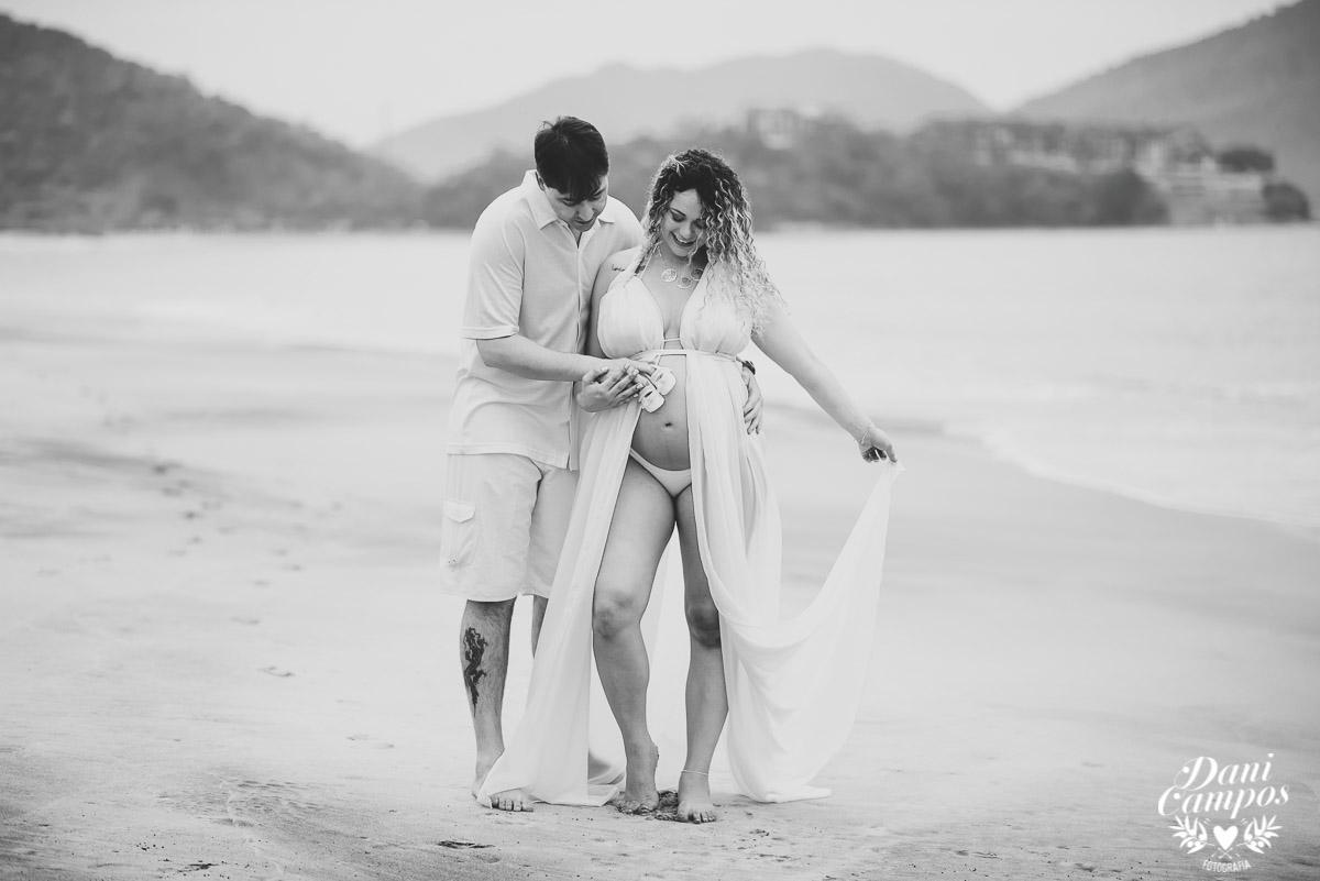 ensaio fotografico gestante, ensaio gestante litoral norte, ensaio na praia, mãe de menino, mãe de menina, fotografo de familia