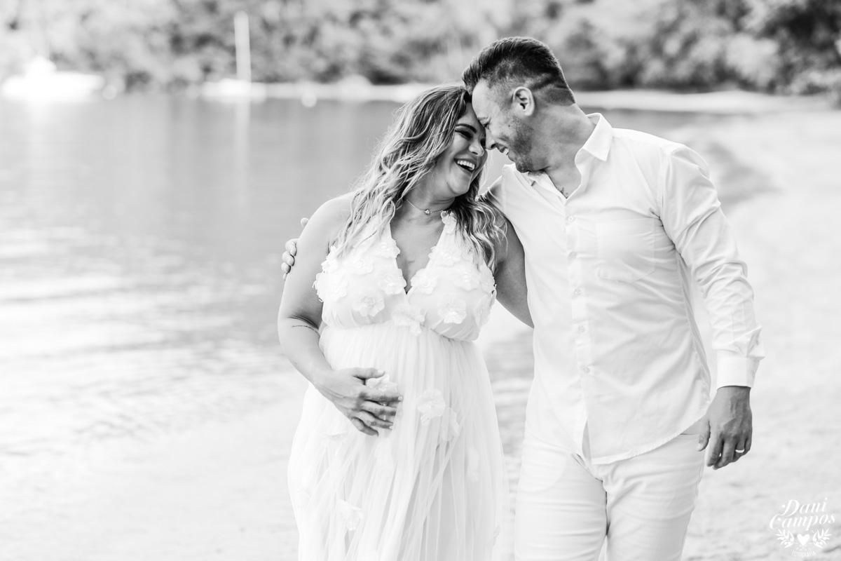 dani campos fotografia gestant gravida maternidade ensaio na praia ensaio fotografico gestante na praia fotografos no litoral Ubatuba Caragua Ilha bela