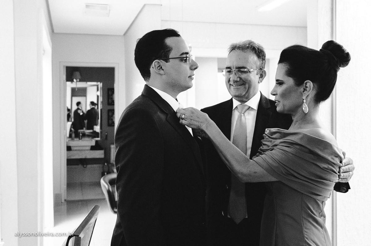 Alysson Oliveira fotografo de Casamento, Fotografo em Uberlandia, Fotografo de Casamento no Brasil, Fotografo de Casamento em Uberaba, Fotografia Artística, gravata para noivo