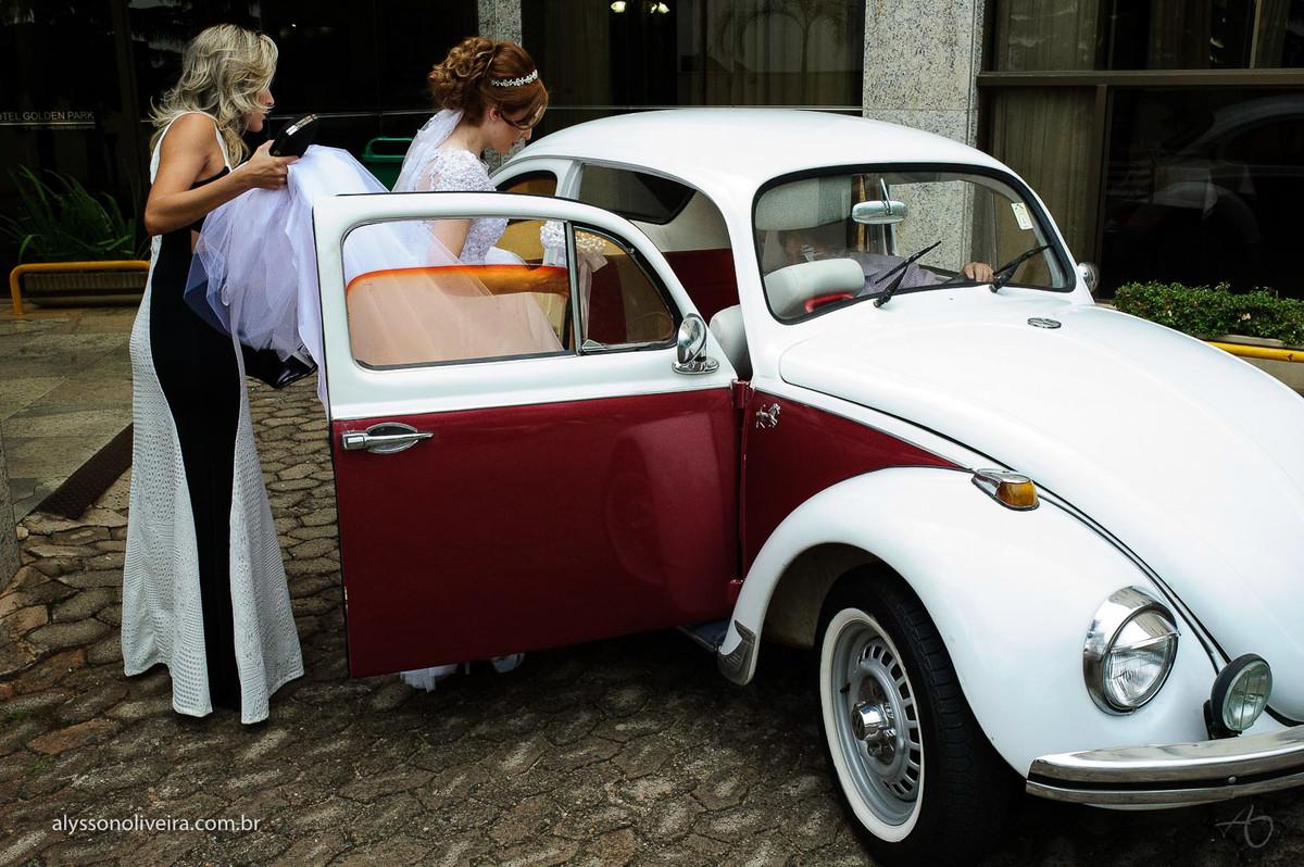 Fusca de noiva, carro de noiva, Alysson Oliveira fotografo de Casamento, Fotografo em Uberlandia, Fotografo de Casamento no Brasil, Fotografo de Casamento em Uberaba, Fotografia Artística