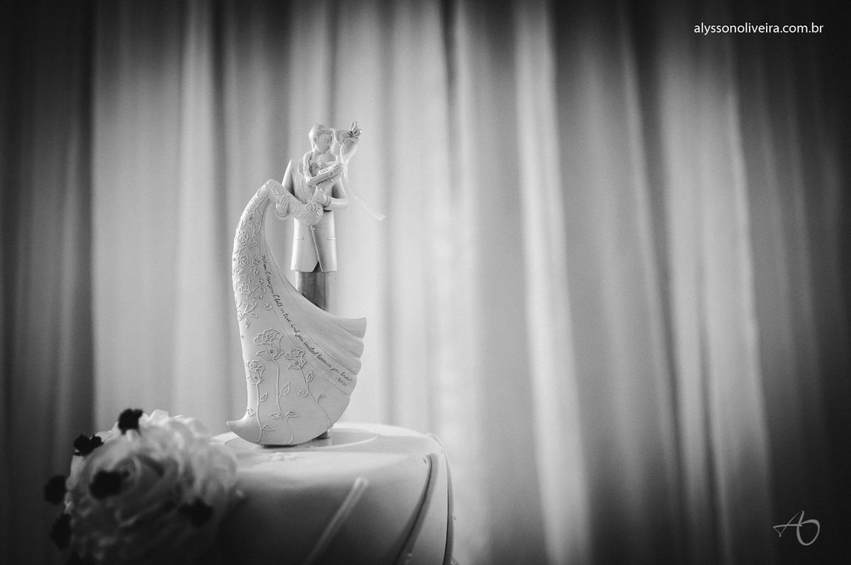 Vestido de Noiva, Making off, maquiagem de noiva, maquiagem criativa, Mary Kay, Lancome, making off do noivo, Terno de noivo, sapato de noivo, Alysson Oliveira Fotografo de Casamento no Brasil, Fotografo de Casamentos, Fotografo de Casamento em Minas Gera