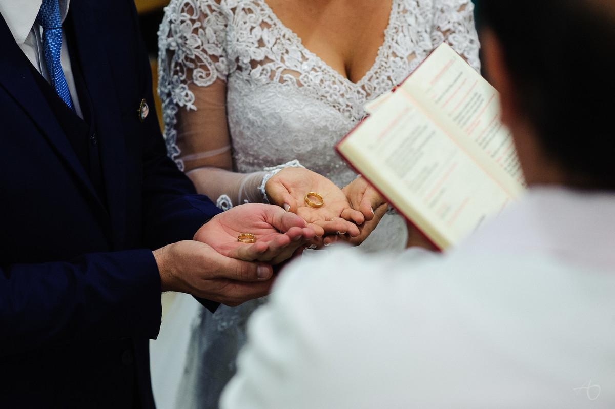 Fotografo de Casamento em Matã0 SP, Fotografo de Casamento em Santa Ernestina, Alysson Oliveira Fotografo de Casamento no Brasil, Cerimonia de Casamento, Biblia de casamento
