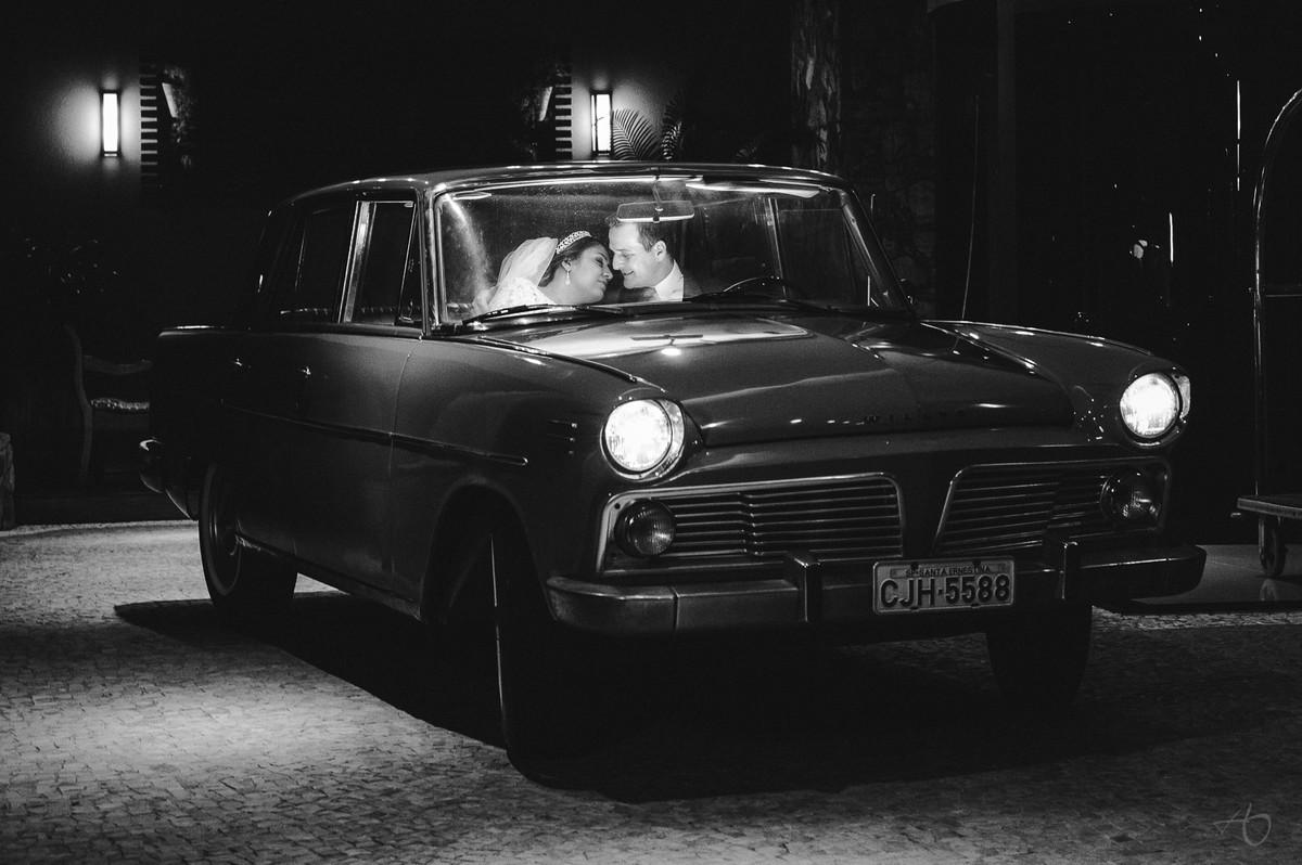 Fotografo de Casamento em Matã0 SP, Fotografo de Casamento em Santa Ernestina, Alysson Oliveira Fotografo de Casamento no Brasil, Cerimonia de Casamento, carro de noivos