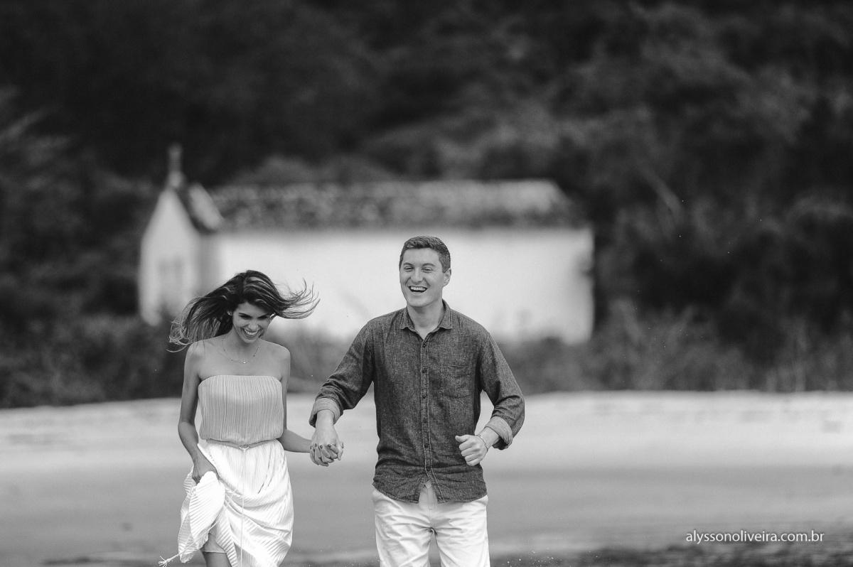 Pre Wedding na praia, Pre Wedding casal de Uberaba na Praia, Alysson Oliveira, Lorena e Matheus, Pre Wedding Criativo