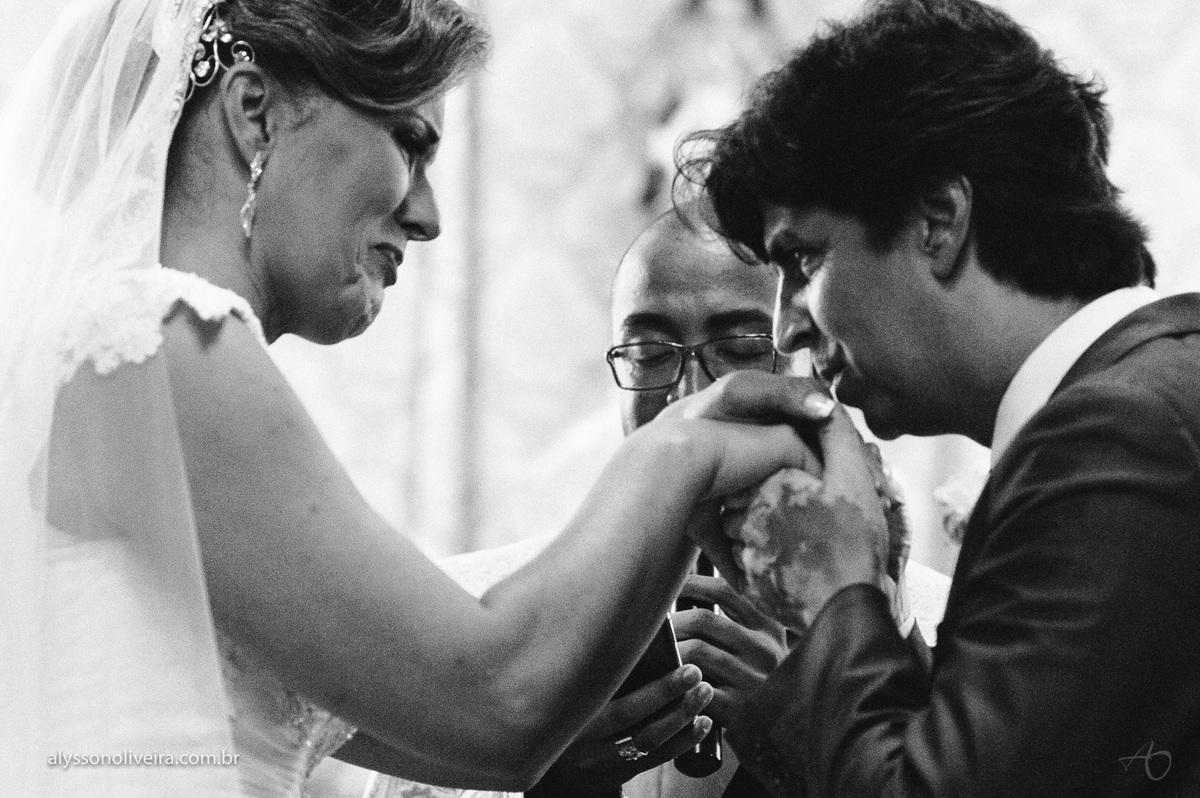 Alysson Oliveira fotografo de casamento no Brasil, Fotografo de Casamento em Uberlandia, Fotografia de Casamento, Casamento, Karine e Cleider, Making off de Casamento, Roupão de Noiva, Capela do marista, Casamento na Capela do Marista Uberaba