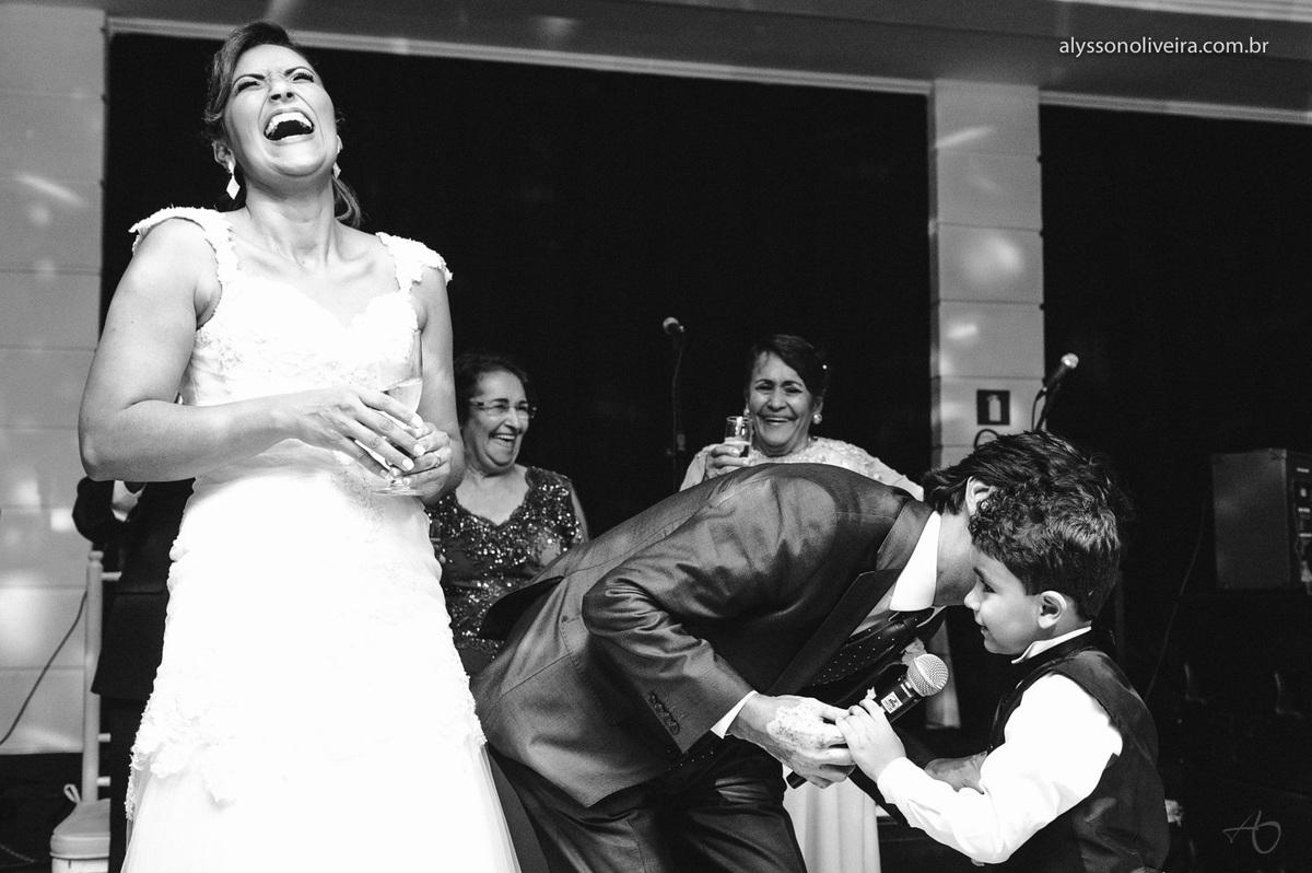 Alysson Oliveira fotografo de casamento no Brasil, Fotografo de Casamento em Uberlandia, Fotografia de Casamento, Casamento, Karine e Cleider, Making off de Casamento, Roupão de Noiva, Capela do marista, Casamento na Capela do Marista Uberaba, JEDU