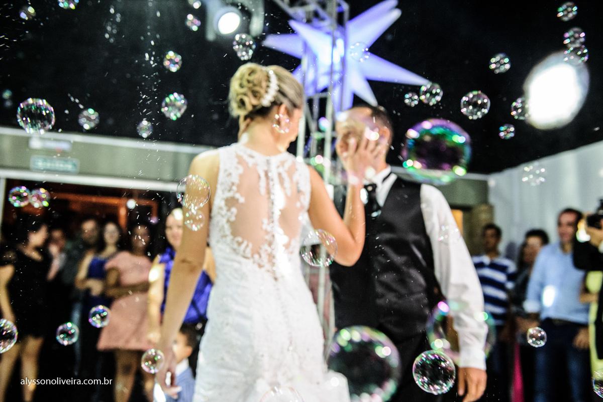 Alysson Oliveira Fotografo de Casamentos, Alysson Oliveira, Inspiration, Fotografo, fotos criativas, Casamento de Josiane e Carlos Eduardo, festa de casamento, dança na recepção,