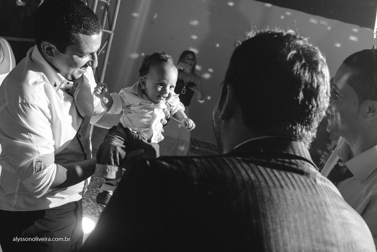 Alysson Oliveira Fotografo de Casamentos, Alysson Oliveira, Inspiration, Fotografo, fotos criativas, Casamento de Josiane e Carlos Eduardo, festa de casamento, dança na recepção, convite na pista