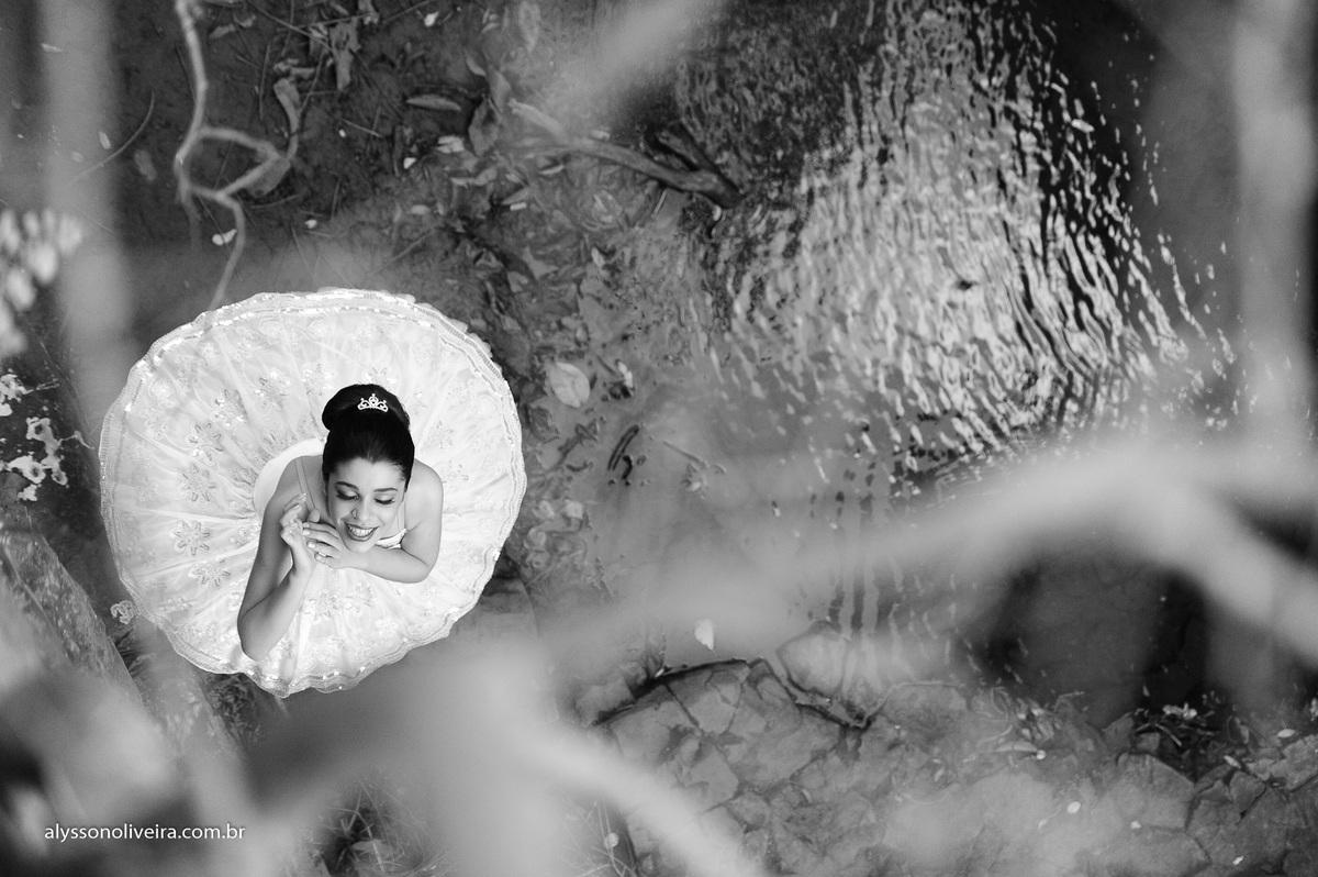 Fashion Book, Maria Elliza, Book Maria Eliza, Alysson Oliveira fotografo de book, fotografo de book no Brasil, Fotografo de Book em Minas Gerais, book moda, book cirativo, book editorial, Markkus Lorenzzo, Produção de moda, beauty, Alysson O