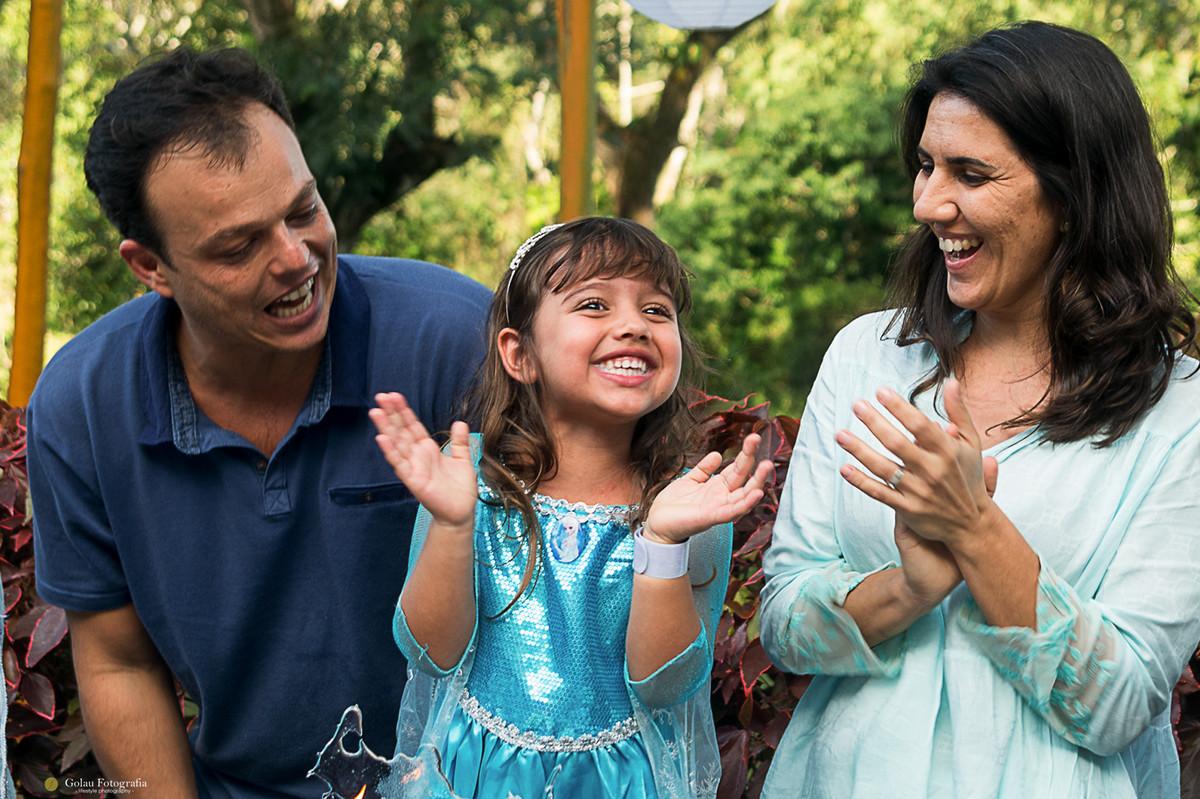 felicidade com papai e mamae