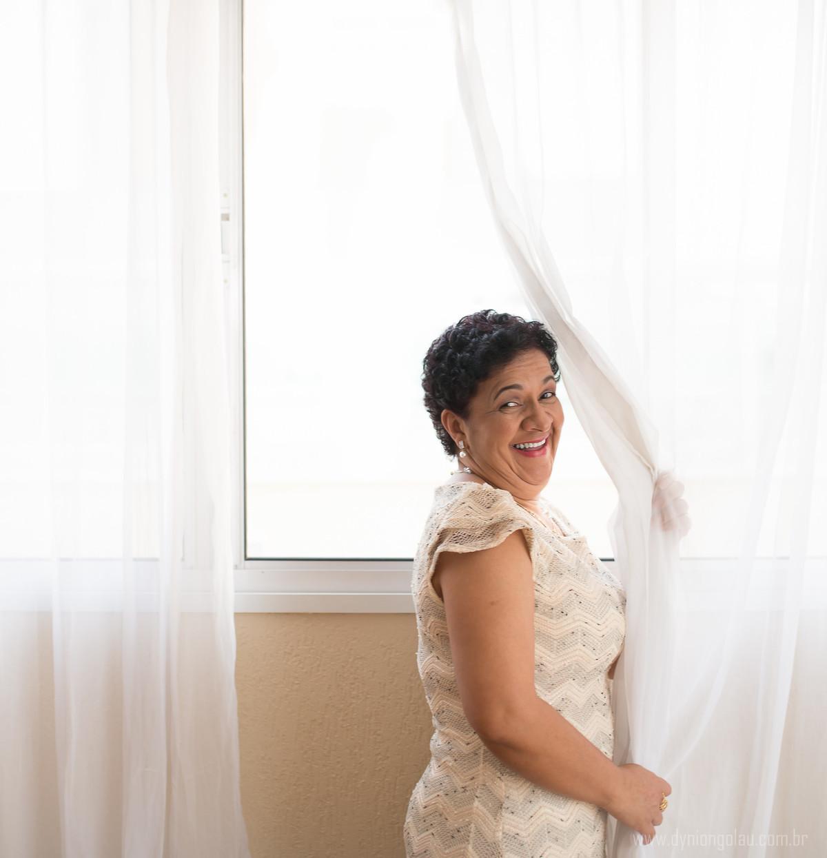 Além das cortinas