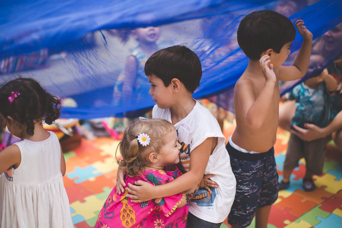 aniversário infantil 2 anos festa no play tema jardim jardim da helena fotografia de festa infantil fotografia de aniversário infantil rio de janeiro fotografia infantil fotografia de família criança