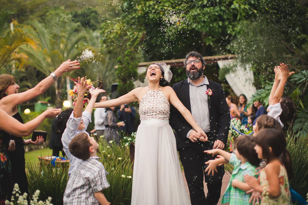 casamento rio de janeiro noivas making of casa de festas casuarina wedding amor icasei festa cerimônia mais arteventos comemorar casal fotografia de casamento no rio de janeiro o amor é simples
