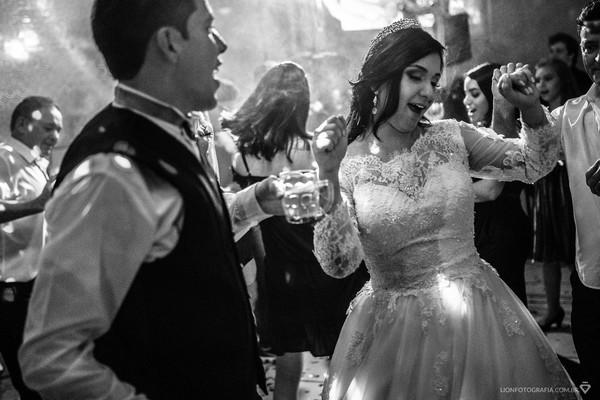 Casamentos de Milena e Allyson – Até a última música!