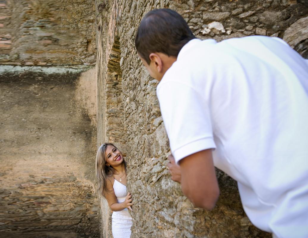 Ensaio pré-weddingnas ruínas em mangaratiba Rj