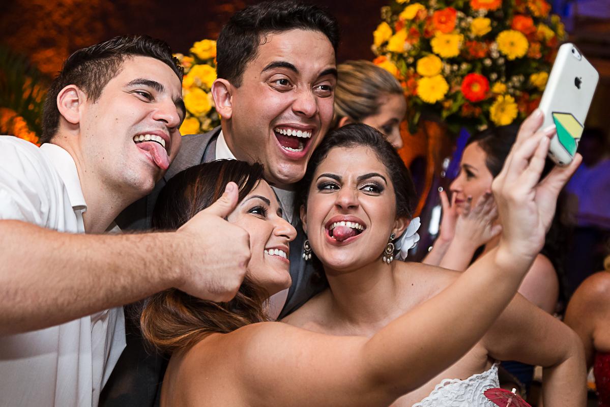 Selfie noivos