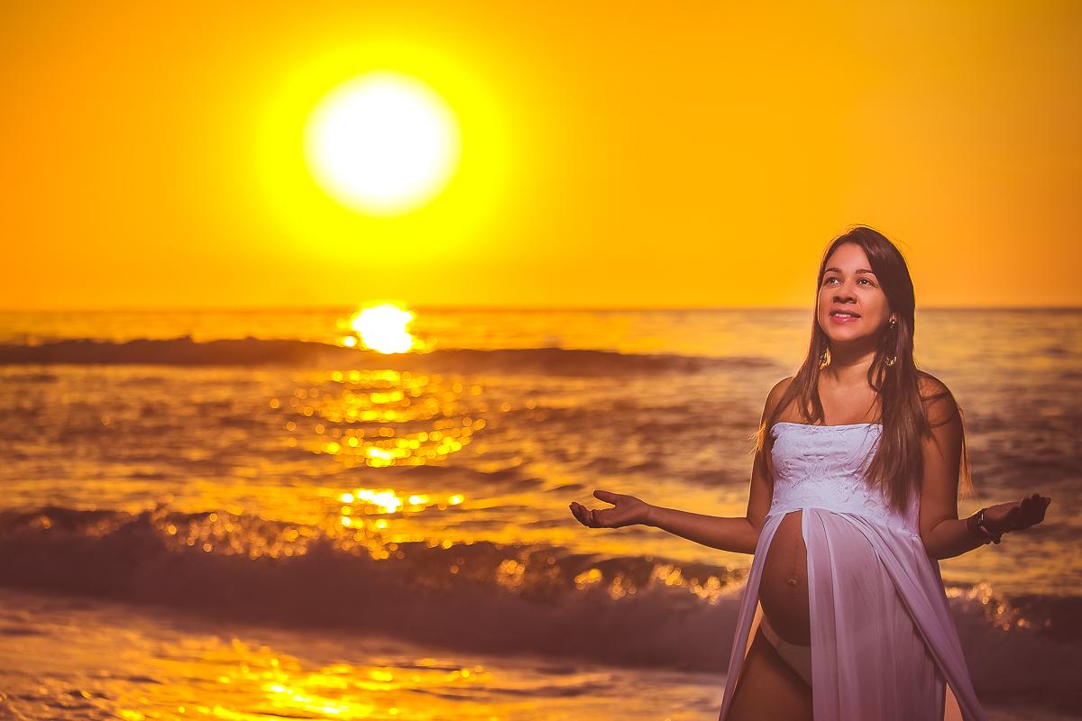 Gestante  fotos pôr do Sol