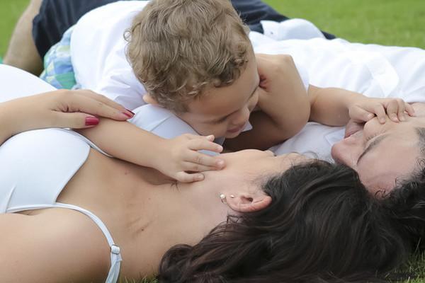 Adorável Barrigão de Fabiano + Juliana + Pedro = Gabriel
