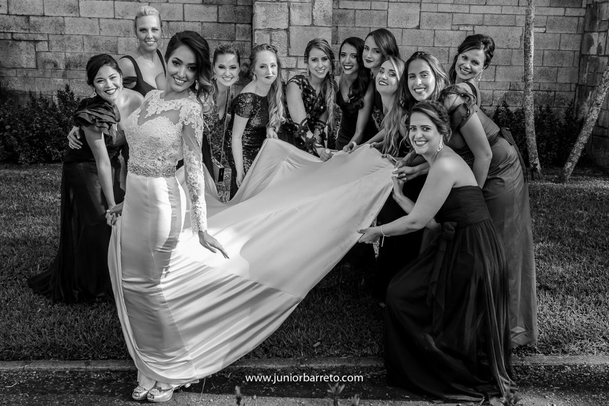 The Ancient Spanish Monastery, casamento em miami, wedding in miami, destination wedding, Bride, dress, dama da honra, daminha, sapato da noiva, sandalia da noiva, irmã da noiva, padrinhos do noivo, padrinhos, perfume da noiva, madrinhas da noiva, pai do