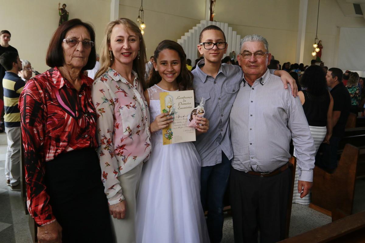 Foto de LUIZA- 1ª COMUNHÃO