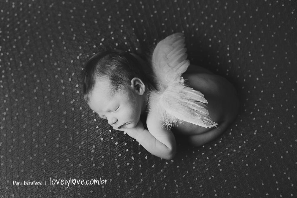 fotografia de recém nascido de anjo