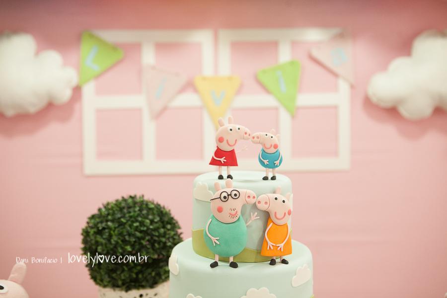inspiração de bolo peppa pig