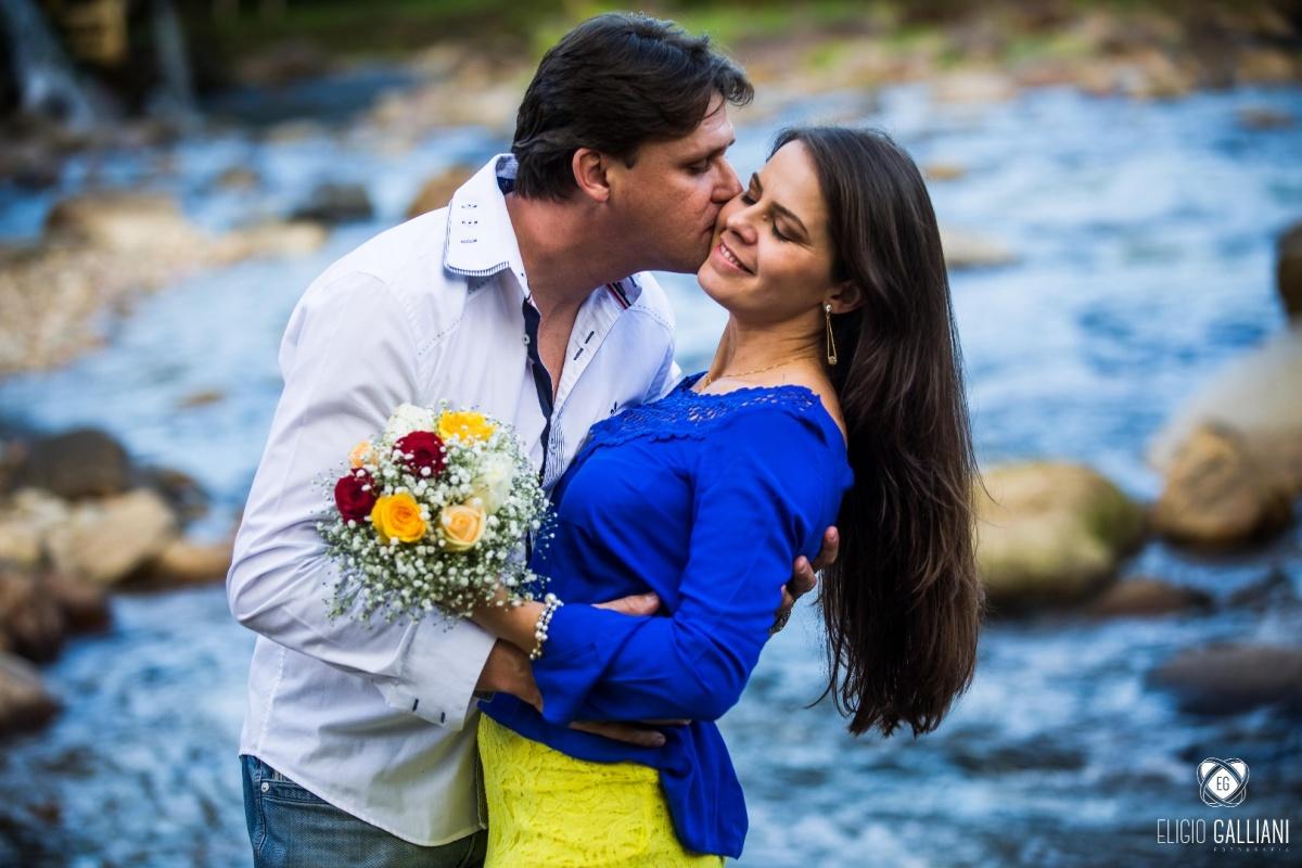 Ensaio Pré-wedding + Rosana e Celso + Garuva - SC + Eligio Galliani Fotografia e Silmara Leite