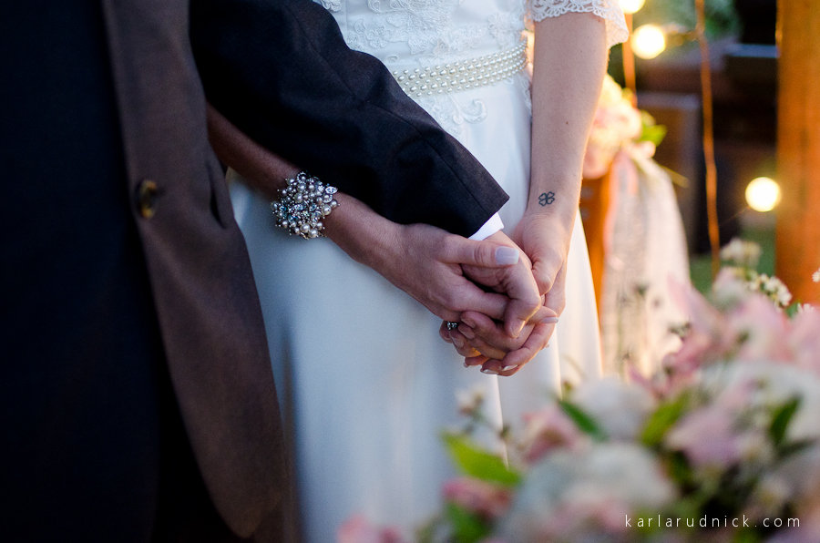 Casamento fotos casal praia Recanto da Sereia Casar na praia luzes Itapema SC noivas Balneário Camboriu Casamento Mini Wedding Casamento de dia fotógrafa São Bento do Sul Jaraguá do Sul