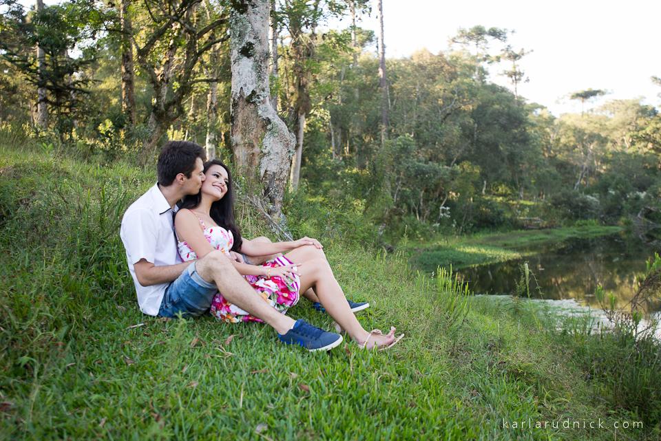 Ensaio Casal Pré Casamento Fotografia de Casamento Rio Negro-PR Fotografia de casamento São Bento do Sul Fotógrafa Karla Rudnick Fotografia