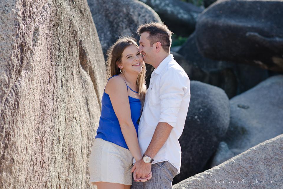 Ensaio Pré Casamento Pre Wedding Fotos casamento Fotógrafa Karla Rudnick Bombinhas SC Ensaio na praia Fotos Casal São Bento do Sul SC Balneário Camboriú Itapema