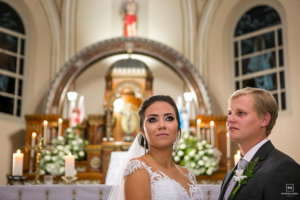 noiva e noivo casamento