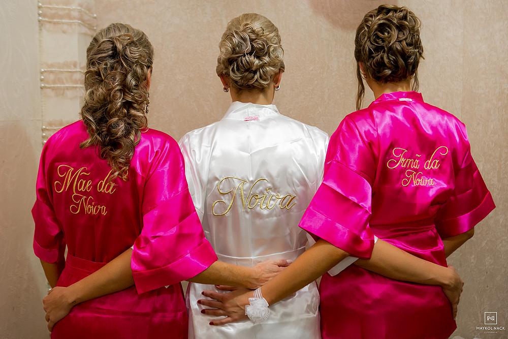fotógrafo de casamento em armazém