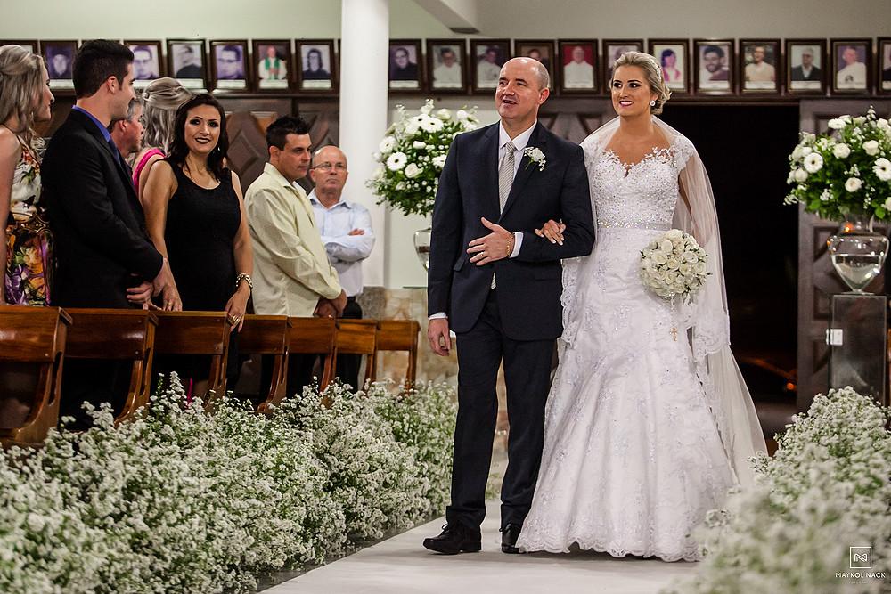 entrada da noiva em casamento