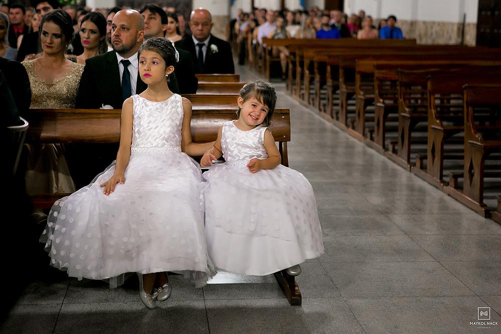 crianças em casamento armazém