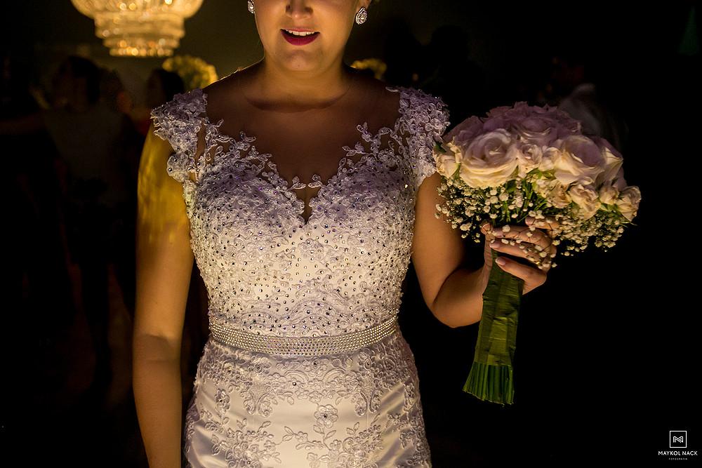 vestido e buque de noiva armazém