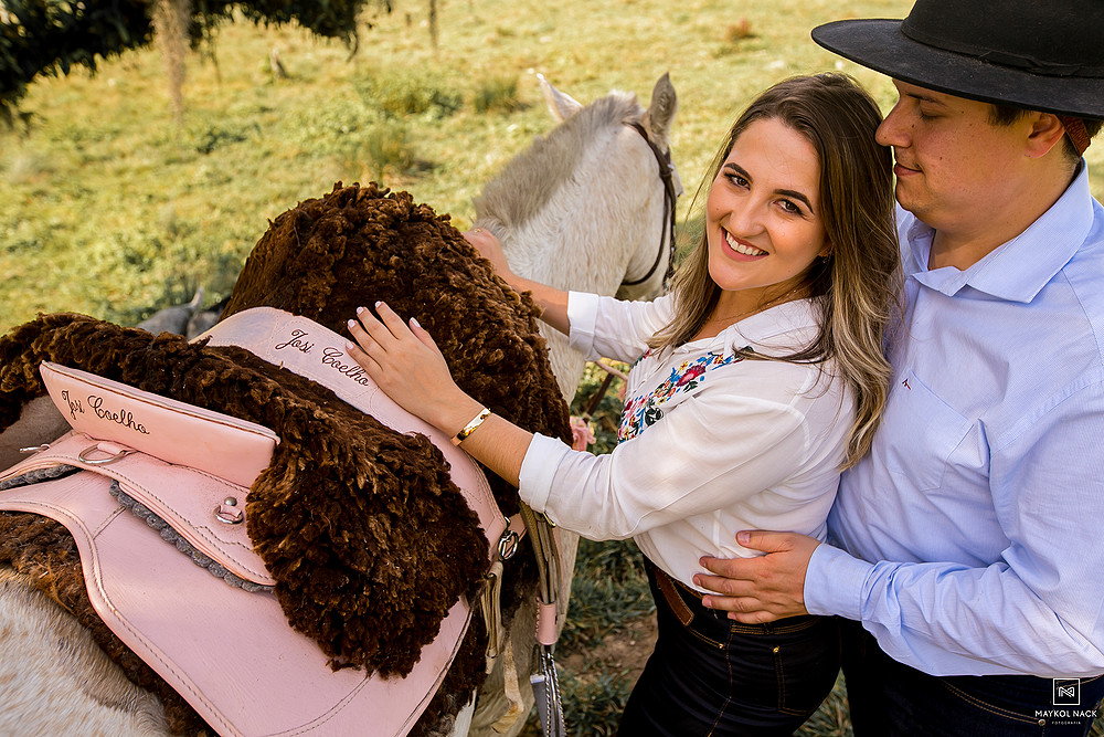 ensaio de casal no campo orleans