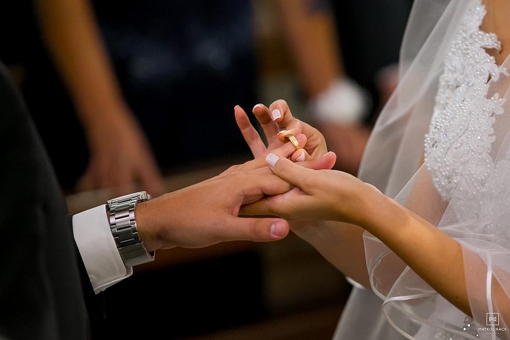 aliança para casamento tubarão