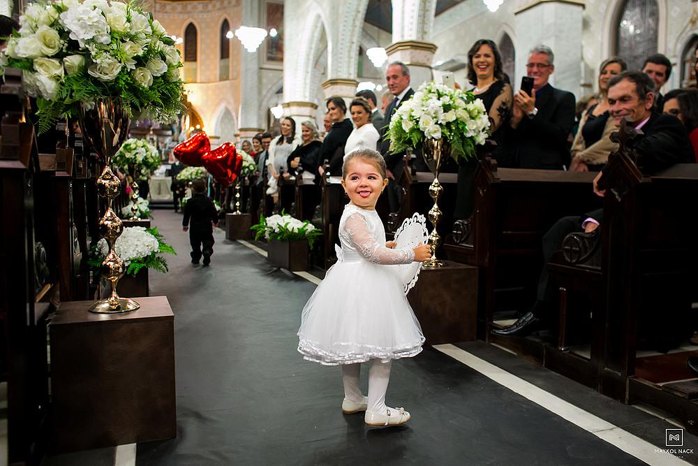entrada da noivinha casamento