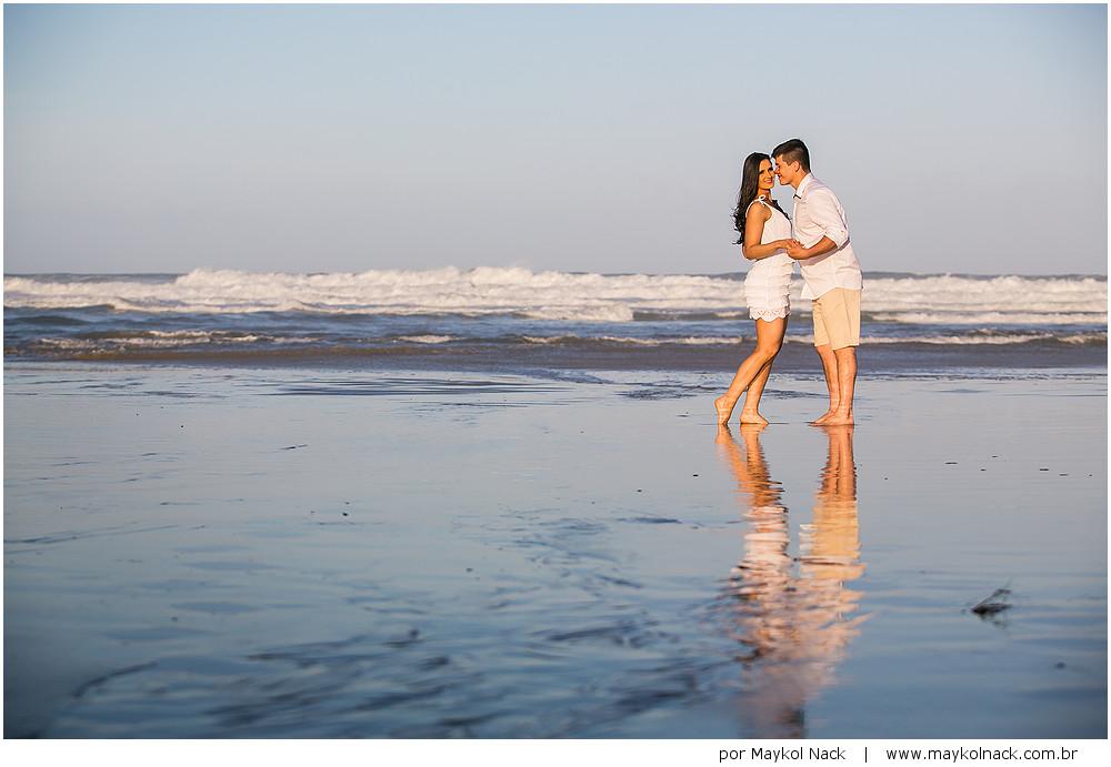 fotos de noivos no mar