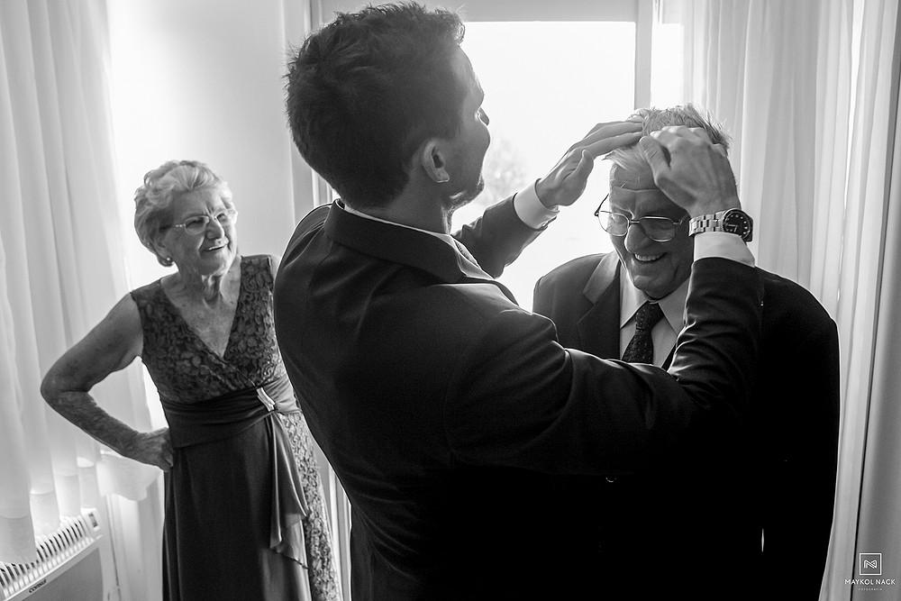 noivo no seu casamento