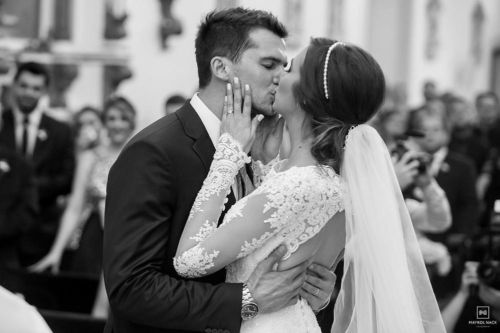 beijo de casados