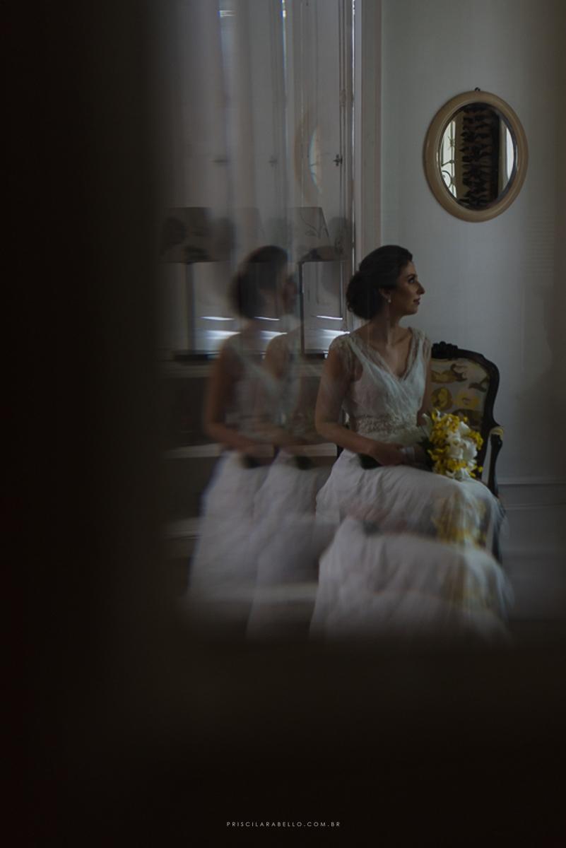 Foto por Priscila Rabello em casamento com making of em Santa Teresa e cerimônia e recepção no restaurante Miam Miam em Botafogo